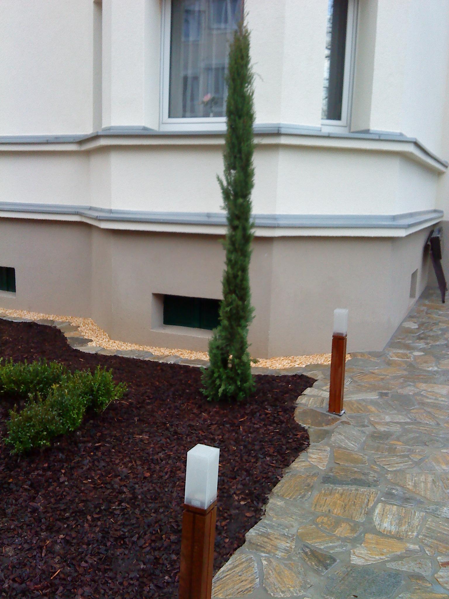 mediterrane g rten gartenbau d sseldorf. Black Bedroom Furniture Sets. Home Design Ideas